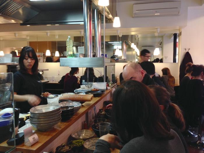 France japon la d couverte du restaurant japonais - Restaurant japonais cuisine devant vous ...